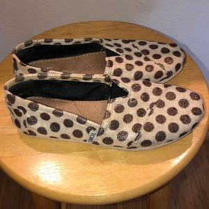 TOM. Flat shoes.( gold & brown )